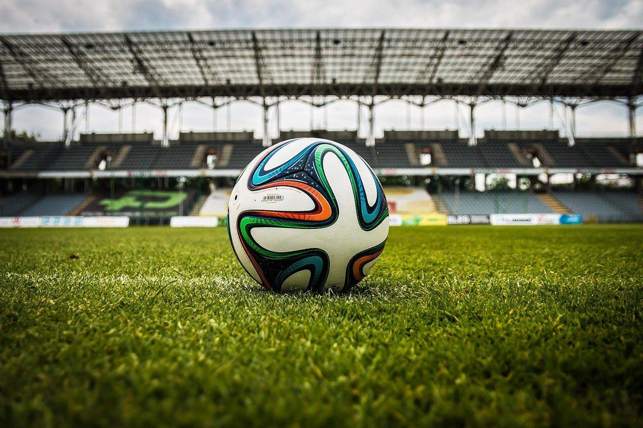 Warum Fußball-Fans in Zeiten von Corona umdenken müssen