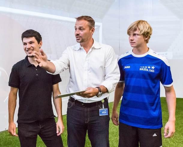 Ex-Tormann Roland Goriupp betreut das hochmoderne Fußball-Labor skills.lab am Anton-Paar-Standort in Wundschuh